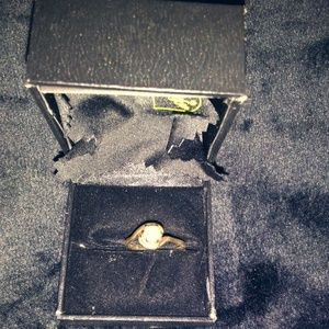 Vintage Solitaire Seed Pearl Ring